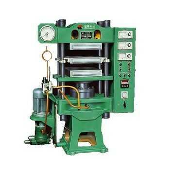 轮胎硫化机系统工作原理: 电机带动齿轮泵和高压齿泵转动(泵的旋转